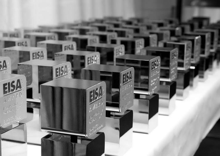 Premiile EISA 2015-2016