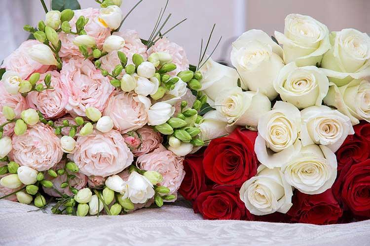 Buchete flori aranjamente online